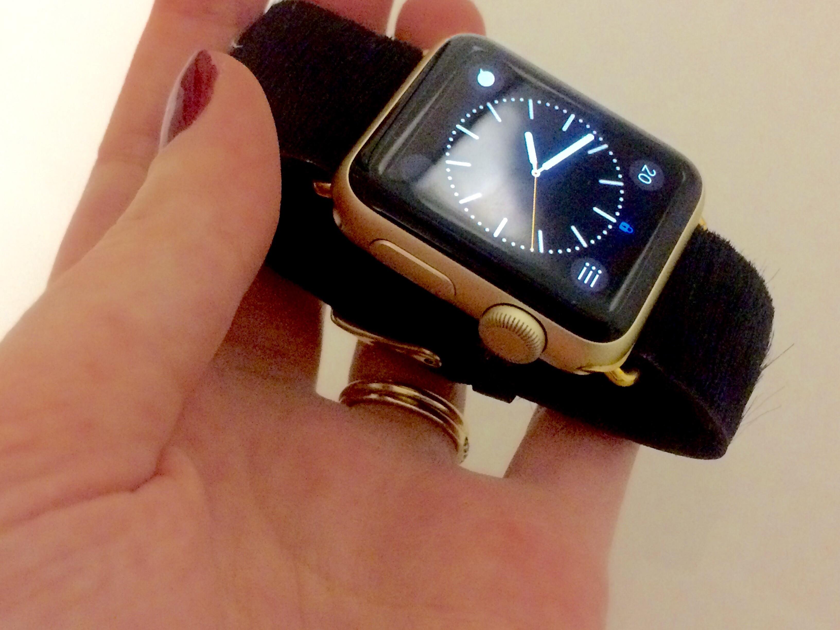 DIY Apple Watch Bands - Oliver + Rebecca